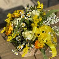 Immagine di Misto fiori in cassetta di legno